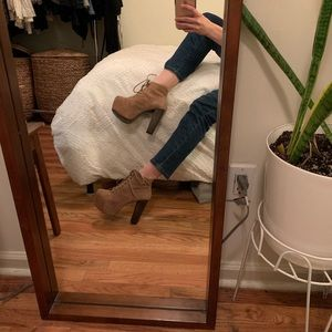Jeffrey Campbell Litas- Like New